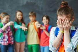 Θύτες και θύματα bullying επιλέγουν την αισθητική χειρουργική