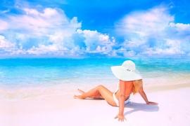 Γυναίκες έτοιμες για…αδιάκοπες καλοκαιρινές διακοπές!